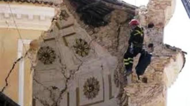 Sisma, la GdF 'visita' la diocesi aquilana