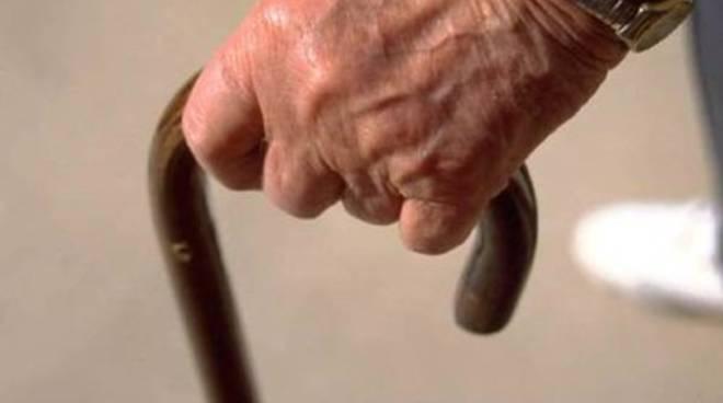 Anziano muore in casa di riposo, aperta inchiesta
