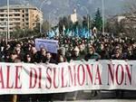 La marcia su Sulmona pro-tribunale