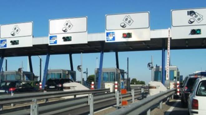Pedaggi autostrade, proteste a 5 stelle