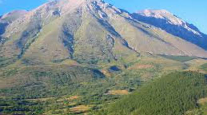 Bracconieri a caccia sul Monte Velino