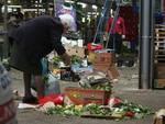 In fila per un pasto, Italia sempre più povera