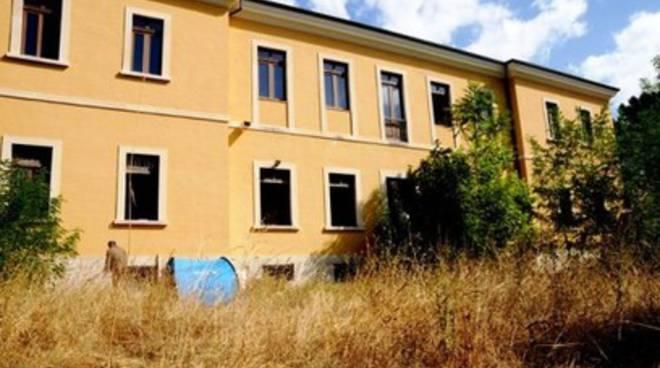 Luci e ombre dell'ex ospedale psichiatrico Collemaggio
