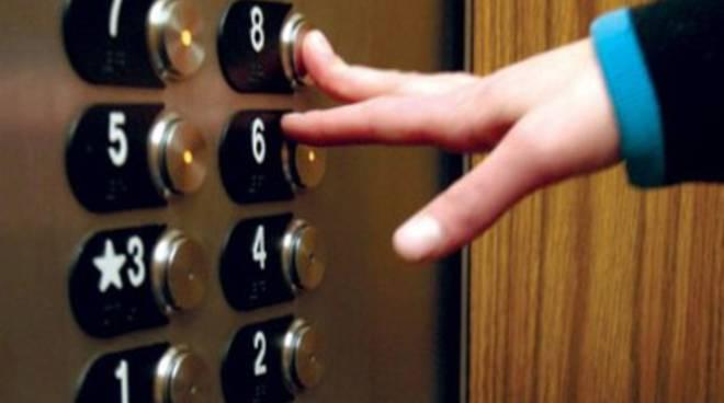 Sciopero della fame per il diritto all'ascensore
