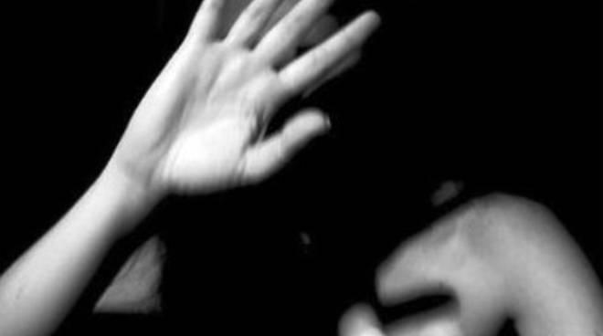 Violenza sessuale a viale della Croce Rossa