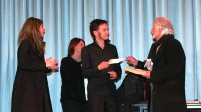 Concorso teatrale 'Ritagliatti', premiato un aquilano