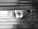 Grave caso di stalking, denunciato un aquilano