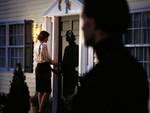 Pedina l'ex moglie nonostante divieti, in arresto