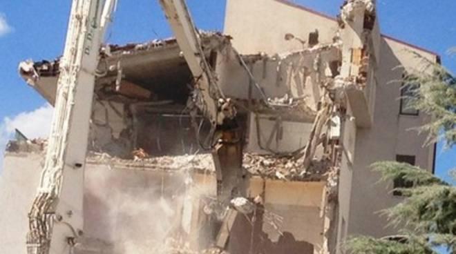 Una Madis room contro i colpi del sisma