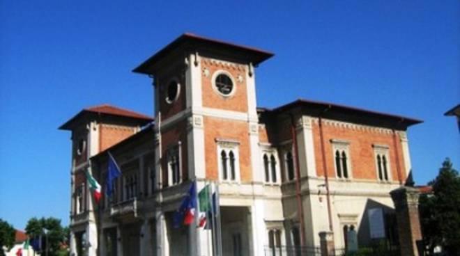 Avezzano, Santomaggio consigliere 'incompatibile'