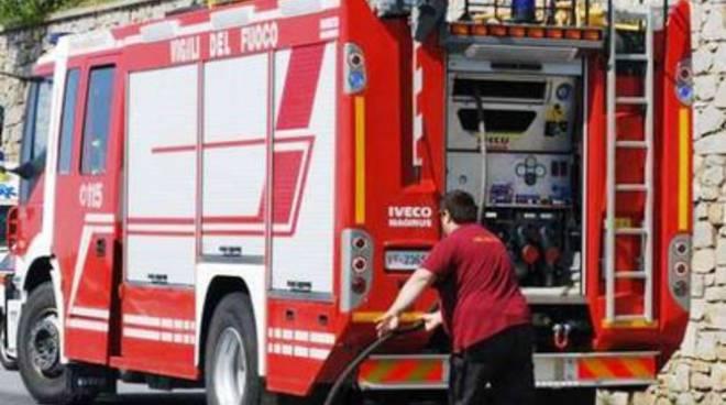 Pescara, rimessaggio a fuoco