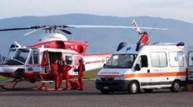 Scontro auto-moto a L'Aquila: un morto e 2 feriti