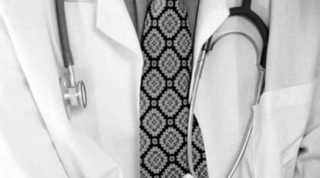 Tessere sanitarie bloccate, la verità della Asl