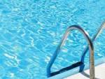 Canistro, bimbi gratis in piscina