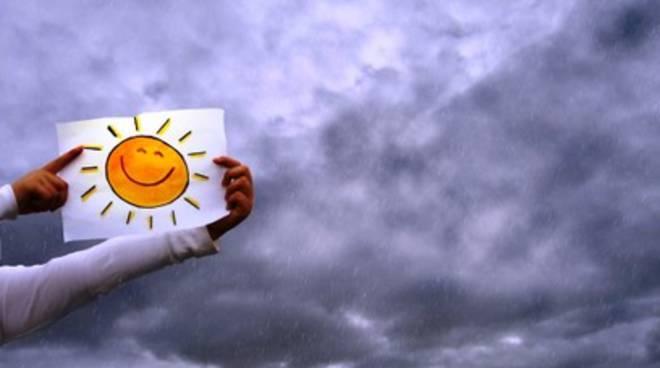 Meteo: Italia divisa fra sole e nuvole