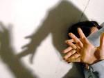 Abusi su minore, giovane aquilano indagato