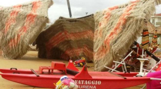 Balneatori abruzzesi atterrati dal Maltempo, è calamità