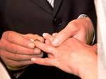 Fedi rubate, matrimonio a rischio