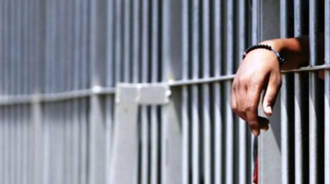 Rapina con sparatoria, i 4 arrestati restano in carcere