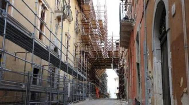 Ricostruzione: L'Aquila e il decantato regio-centrismo