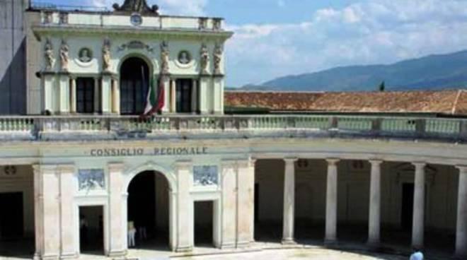 Consiglio Abruzzo, editoria e punti nascita al vaglio