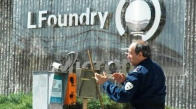 Contratti di solidarietà ritardatari, LFoundry tende una mano