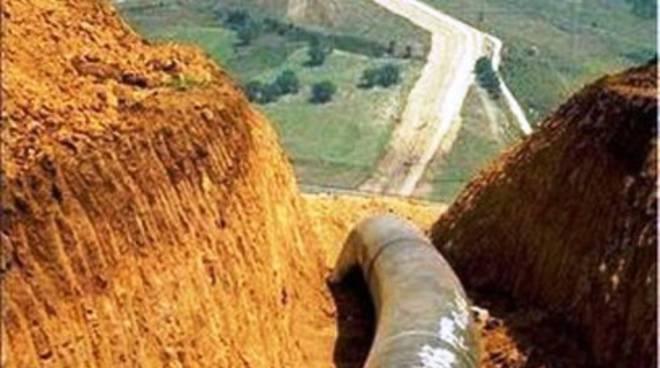 Gasdotto: «Rinviata decisione su centrale Snam»