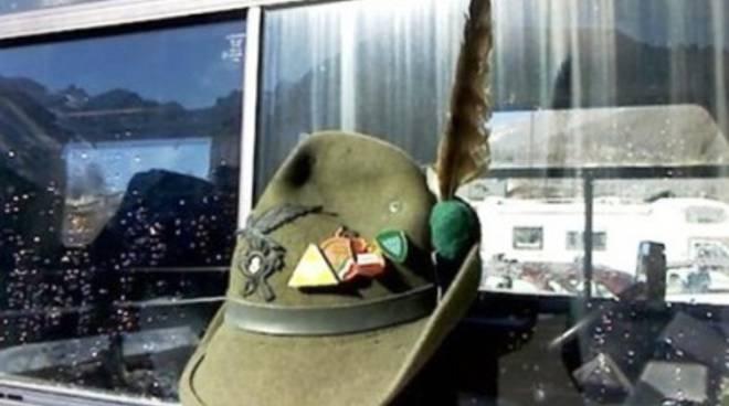 Militari morti su Gran Sasso, Penne nere in lutto