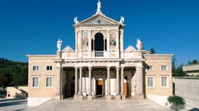 San Gabriele, motori e preghiere