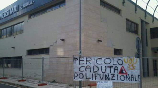 Studenti universitari in rivolta: sit-in