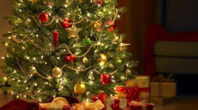 Natale con meno regali: calo del 5% rispetto al 2013