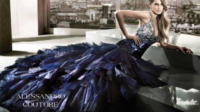 Nozze 2015: la vera tendenza sarà l'abito blu