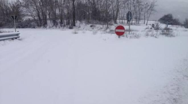 Neve: «Strade del Fucino pericolose»