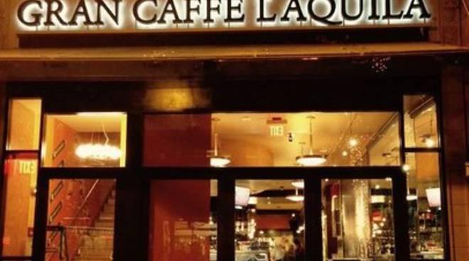 Razzi al Gran Caffè de L'Aquila a Philadelphia