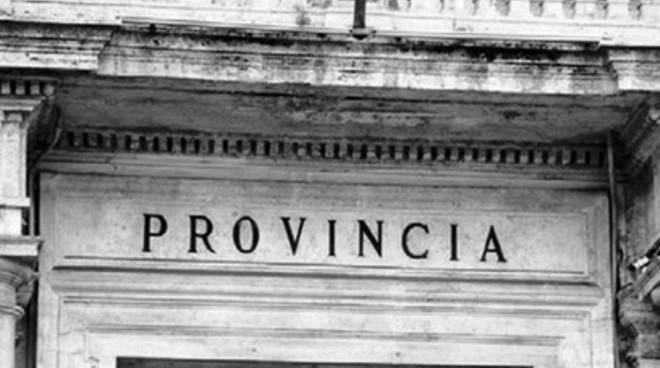 Riforma Province, «L'occhio vigile della Regione»