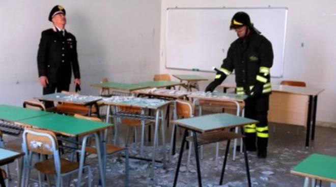 Crollo scuola Pescara, partiti i controlli