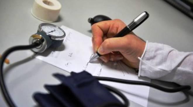 Dottore h12 per il distretto sanitario di Trasacco