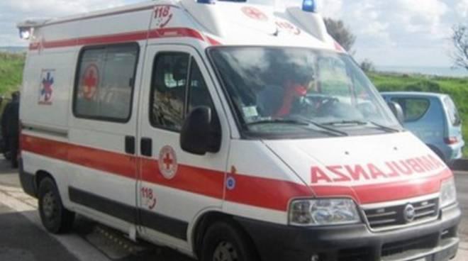 Pescara, si schianta dopo un infarto