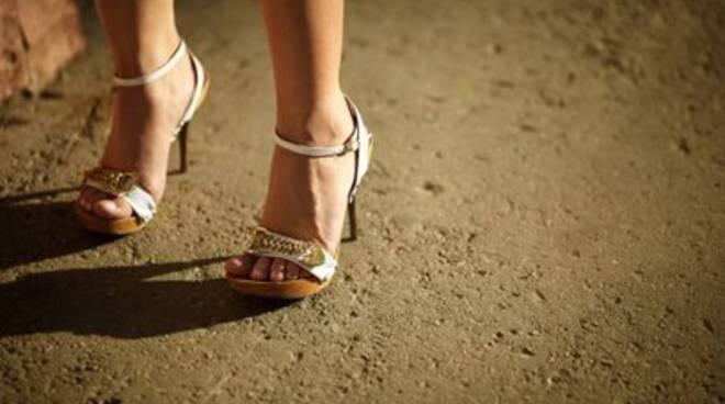 Polizia scopre giro di prostituzione 'low cost'