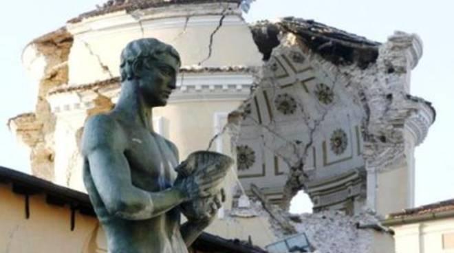Terremoti, le riflessioni del geologo Mario Tozzi a L'Aquila