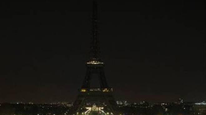 Earth Hour, tutti al buio per la Terra