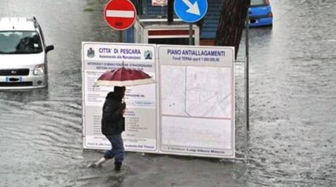 Il maltempo mette in crisi l'Abruzzo: 65mila utenti nei guai