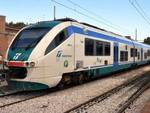 Treni regionali graffiati