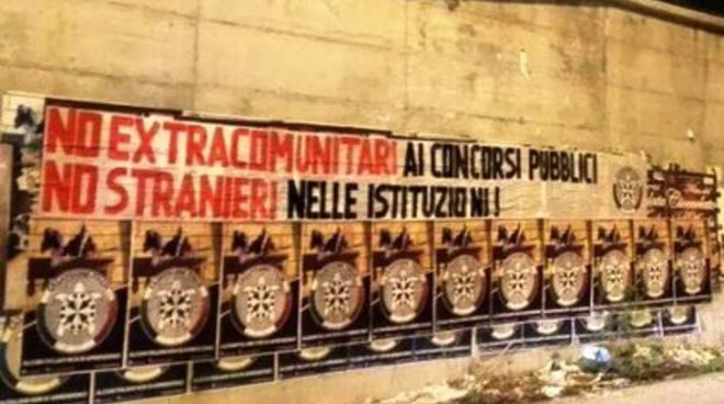 «A L'Aquila 5.600 stranieri, rimuovere scritte discriminatorie»