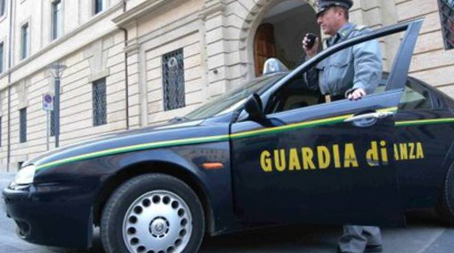 Abruzzo, maxi sequestro al clan Spinelli