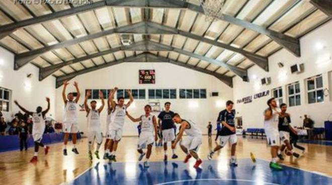 Basket, L'Aquila vola in anticipo ai playoff