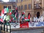 Forestale in bilico, primo sit-in di protesta a Roma