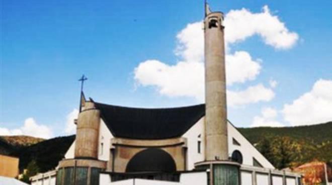 L'Aquila: Messa Crismale a Pettino