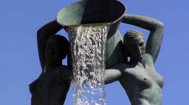 La Fontana Luminosa torna agli aquilani