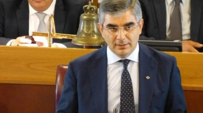 Punti Nascita, consiglieri di maggioranza pungolano D'Alfonso